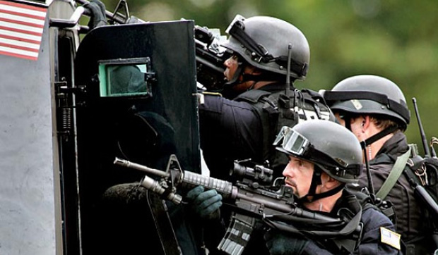 the-warrior-cop-us-government-militarizes-police-state