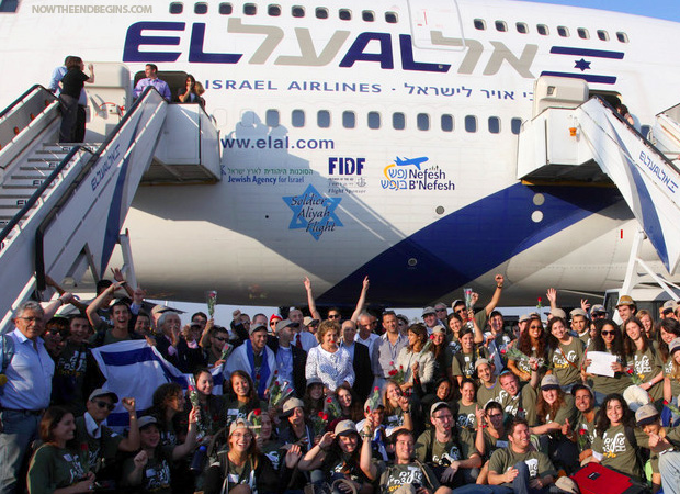 jews-makiing-aliyah-returning-to-israel-jerusalem-in-record-numbers-prophecy