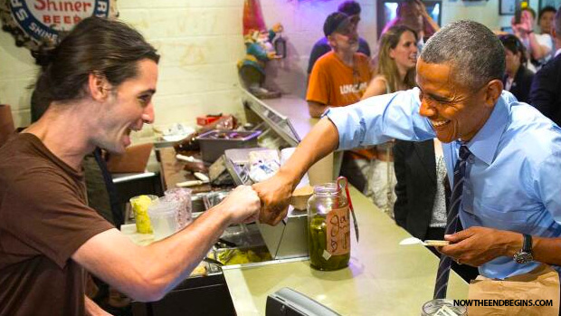 obama-fist-bumps-gay-sex-joke-in-restaurant-in-colorado-texas-lgbt-queer