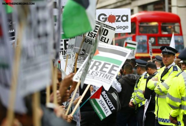 pro-palestinian-protesters-outside-israeli-embassy-london-england