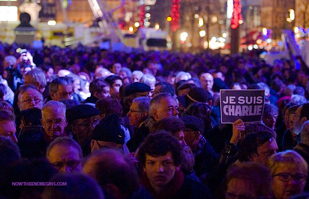 hundred-thousand-gather-in-france-show-support-for-12-people-slaughtered-by-muslim-terrorists-je-suis-charlie