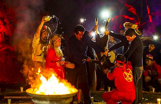 satanic-black-mass-in-mexico-horrifies-tourists-pentagram-666-animal-human-sacrifice-02