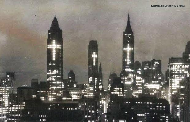 3-crosses-light-up-new-york-city-skyline-lower-manhattan