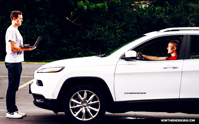hackers-wirelessly-take-control-of-jeep-cherokee-sparks-auto-recall-chrysler-fiat