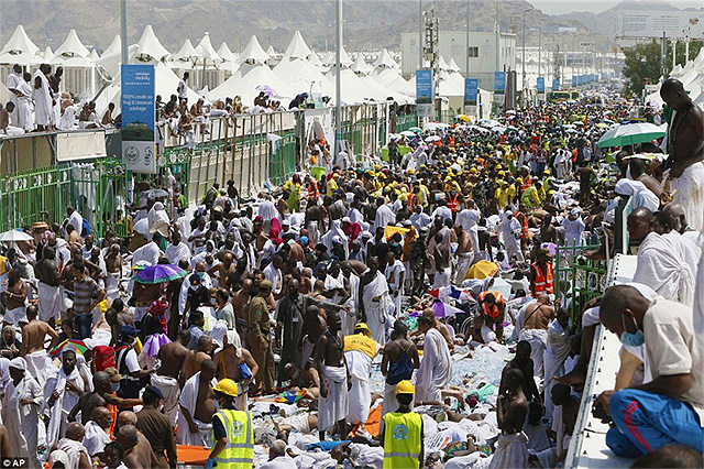 nearly-1000-dead-in-hajj-stampede-mecca-muslims-islam-september-2015