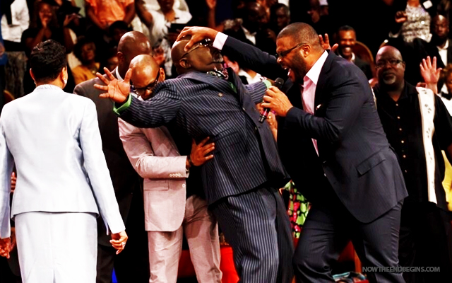 "Pocketbook, thou are loosed!: TD Jakes receiving $1,000,000.00 dollar ""healing"" from Tyler Perry."