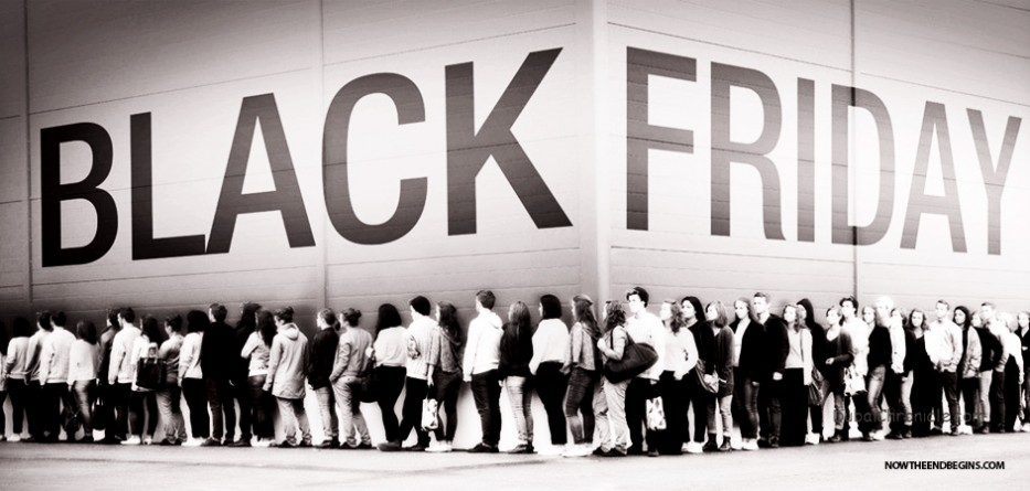 black-friday-shoppers-fights-america-in-decline-end-times-last-days