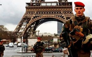 soldiers-line-streets-of-paris-to-protect-against-isis-islamic-terrorism-nteb