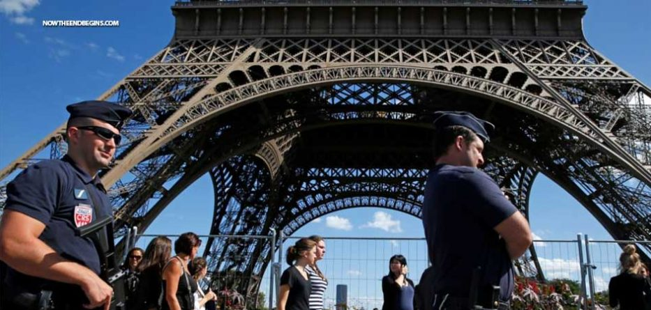 france-plans-build-wall-around-eiffel-tower-aesthic-perimeter-isis-islamic-terrorism