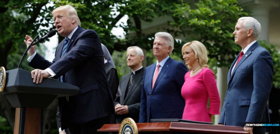 paula-white-false-teacher-president-trump-spiritual-advisor-nteb