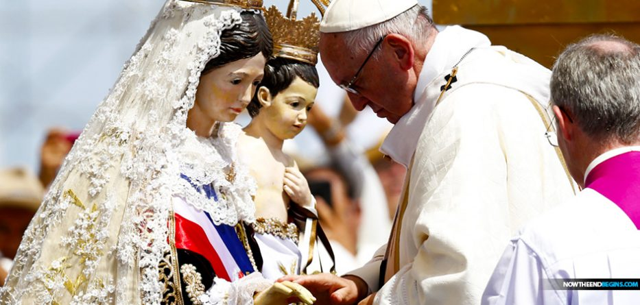 pope-francis-tells-gullible-young-catholics-panama-city-virgin-mary-biggest-social-influencer-in-human-history