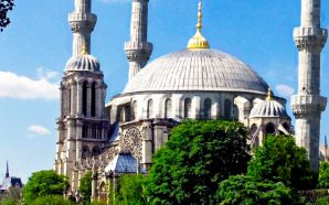 emmanuel-macron-says-notre-dame-should-be-rebuilt-with-muslim-islamic-minarets-chrislam-paris-france
