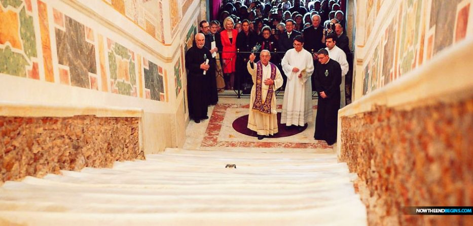 holy-stairs-vatican-rome-catholic-church-scala-sancta-idol-worship