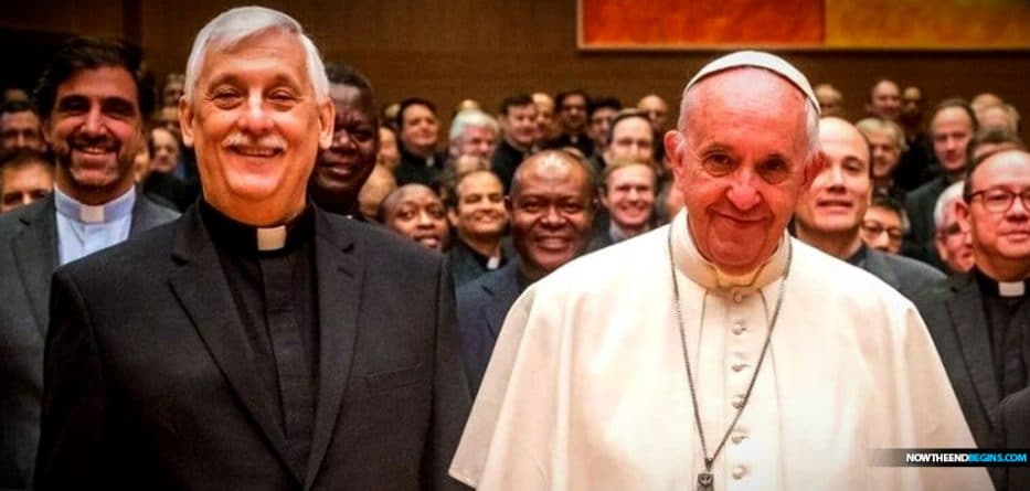 "Jesuit Superior General Father Arturo Sosa Abascal: ""No country has a right to turn away migrants"""