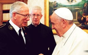 Salvation Army leader meets with Pope Francis at Vatican