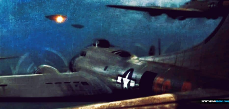 For the airmen of the 415th Night Fighter Squadron, it felt more like the beginning ofWar of the Worlds than World War II when the Foo Fighters appeared.