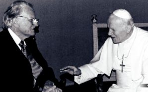 How Billy Graham Brokered World Peace Between Evangelism and Social Justice in the Lausanne Movement and led Christians back to the Roman Catholic Church