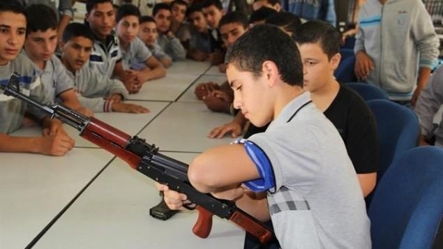 hamas-gaza-terrorists-palestine-islam-muslims-training-children